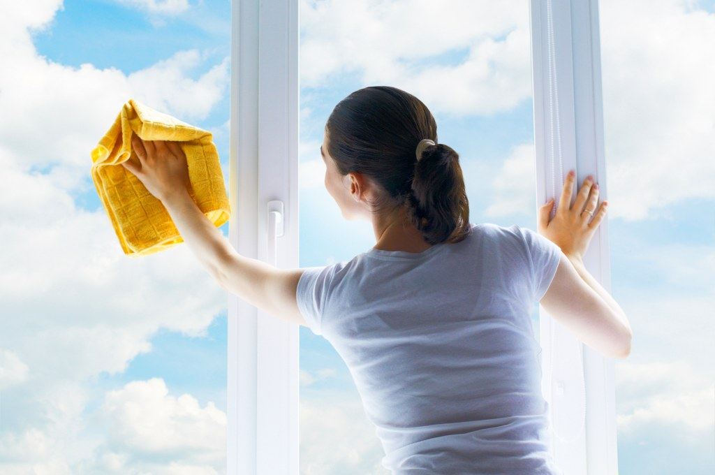 7 советов по уходу за пластиковыми окнами